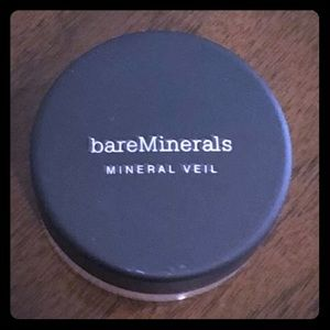 New unopened Tinted Mineral Veil